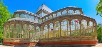 Crystal Palace Palacio de Cristal i Buen Parkera del Retiro Medeltal Royaltyfri Fotografi