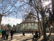 Crystal Palace Palacio de cristal no parque de Retiro, Madri, Espanha imagem de stock