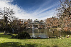 Crystal Palace (Palacio De cristal) in Retiro-Park, Madrid, Spanien Lizenzfreie Stockfotos