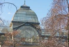 Crystal Palace Palacio de som är cristal i Retiro, parkerar, Madrid, Spanien Royaltyfri Fotografi