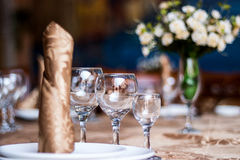 Crystal Table Setting Lizenzfreies Stockfoto