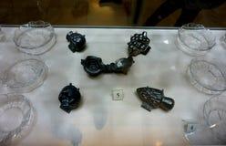 Crystalware a exhibé chez le Hofburg au musée argenté impérial de collection image stock