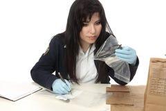 CSI die bewijsmateriaal documenteert stock fotografie