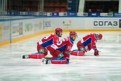 CSKA al calentamiento antes del juego de hockey Imágenes de archivo libres de regalías