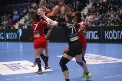 CSM Bucuresti - le ` S EHF de FEMMES de RK Krim Mercator soutient la ligue Image stock
