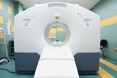 CT (gegevens verwerkte tomografie) scanner in het oncologieziekenhuis Stock Afbeelding