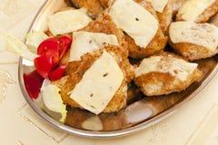 Côtelettes avec du fromage Photos libres de droits