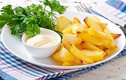 Cuñas fritas de la patata Imágenes de archivo libres de regalías