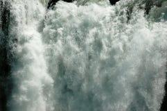 CU de cascade à écriture ligne par ligne - Zambezi Images stock