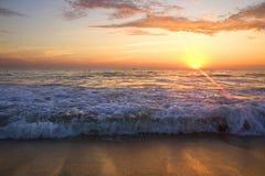Céu lindo do por do sol Fotos de Stock Royalty Free