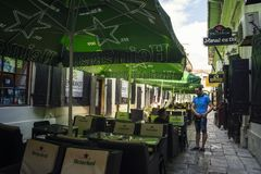 $cu Tei Hanul, κοντά στην οδό Lipscani στην παλαιά πόλη του Βουκουρεστι'ου Στοκ Εικόνες