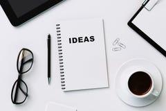 Cuaderno blanco para las ideas de registración Fotografía de archivo