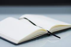 Cuaderno de bolsillo imagenes de archivo