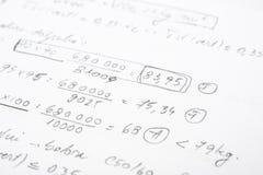 Cuaderno de la escuela con ecuaciones matemáticas Imágenes de archivo libres de regalías