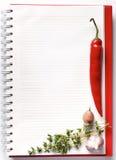 Cuaderno en blanco con las verduras frescas Foto de archivo libre de regalías