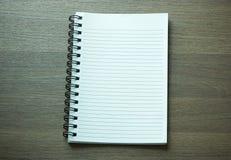 Cuaderno espiral en blanco Foto de archivo libre de regalías