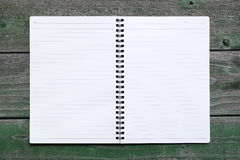Cuaderno espiral en blanco Fotos de archivo