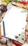 Cuaderno para las recetas y las especias Foto de archivo libre de regalías