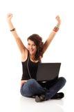 Cuaderno studing alegre lindo de la muchacha adolescente Imagen de archivo libre de regalías