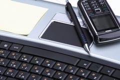 Cuaderno, teléfono, tecnología del asunto Imagen de archivo libre de regalías