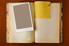 Cuaderno viejo con diseño manchado de las páginas Fotografía de archivo libre de regalías