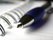 Cuaderno y pluma 3 Foto de archivo libre de regalías