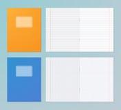 Cuadernos abiertos y cerrados Foto de archivo