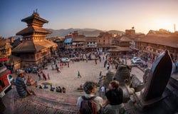 Cuadrado con las pagodas en Bhaktapur Imagenes de archivo