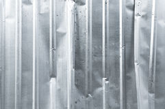 Cuadrado de aluminio del metal del fondo del primer del cinc vertical viejo de la textura Foto de archivo libre de regalías