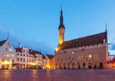 Cuadrado de ayuntamiento en Tallinn, Estonia Imagen de archivo libre de regalías