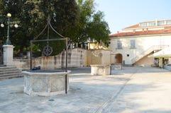 Cuadrado de cinco pozos en Zadar Fotografía de archivo libre de regalías