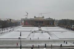 Cuadrado de ciudad en nieve Imagen de archivo libre de regalías