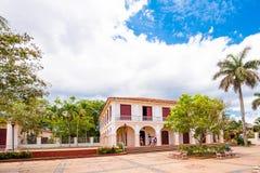 Cuadrado de ciudad en Vinales, Pinar del Rio, Cuba Copie el espacio para el texto Fotos de archivo libres de regalías