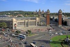 Cuadrado de España con las torres venecianas y del Museo Nacional del arte en Barcelona, España Fotografía de archivo libre de regalías