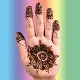 Cuadrado de la trayectoria de recortes del arte de la decoración del tatuaje de la mano de la alheña Imagen de archivo libre de regalías