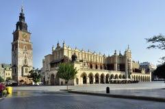 Cuadrado de mercado principal (Rynek) en Kraków, Polonia Imagen de archivo