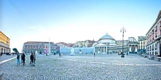 Cuadrado de Plebiscito - Nápoles, Italia foto de archivo libre de regalías