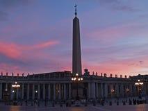 Cuadrado de San Pedro en la puesta del sol fotografía de archivo