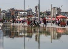 Cuadrado de Taksim, ciudad vieja Estambul Turquía imágenes de archivo libres de regalías
