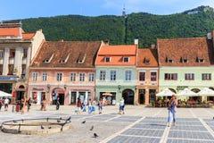 Cuadrado del consejo el 15 de julio de 2014 en Brasov, Rumania Imagen de archivo libre de regalías