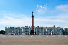 Cuadrado del palacio en St Petersburg fotografía de archivo