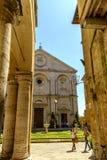 Cuadrado del Pio II de la plaza en Pienza Toscana Imagen de archivo libre de regalías
