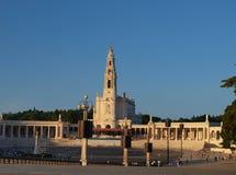 Cuadrado delante de la basílica de Fátima Fotografía de archivo