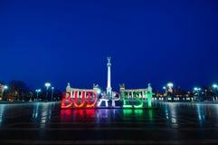 Cuadrado y Budapest de los héroes Fotografía de archivo