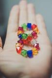 Cuadro colorido ocho en la palma Imagenes de archivo