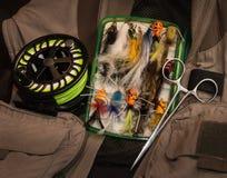 Cuadro del equipo de la pesca con mosca imagen de archivo libre de regalías