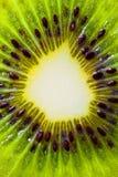 Cuadro macro de un kiwi Fotos de archivo