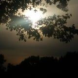 Cuando va el sol abajo Fotos de archivo libres de regalías