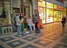 Cuarteto del jazz de la calle en Praga Imagen de archivo