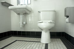 Cuarto de baño blanco y negro Imagen de archivo